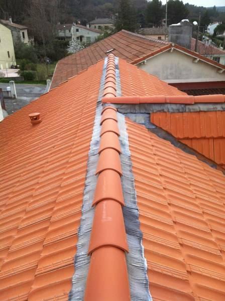 o trouver un couvreur pour renover sa toiture eguilles pose et r paration toiture et. Black Bedroom Furniture Sets. Home Design Ideas
