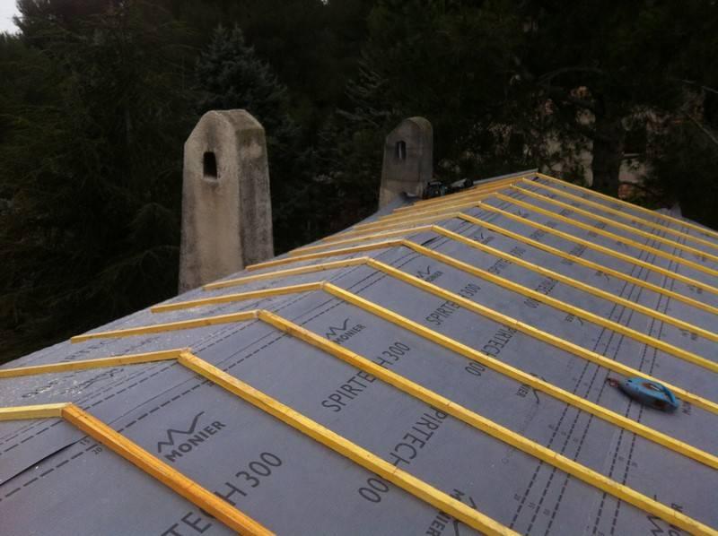 faire isoler son toit par un sp cialiste aix en provence. Black Bedroom Furniture Sets. Home Design Ideas